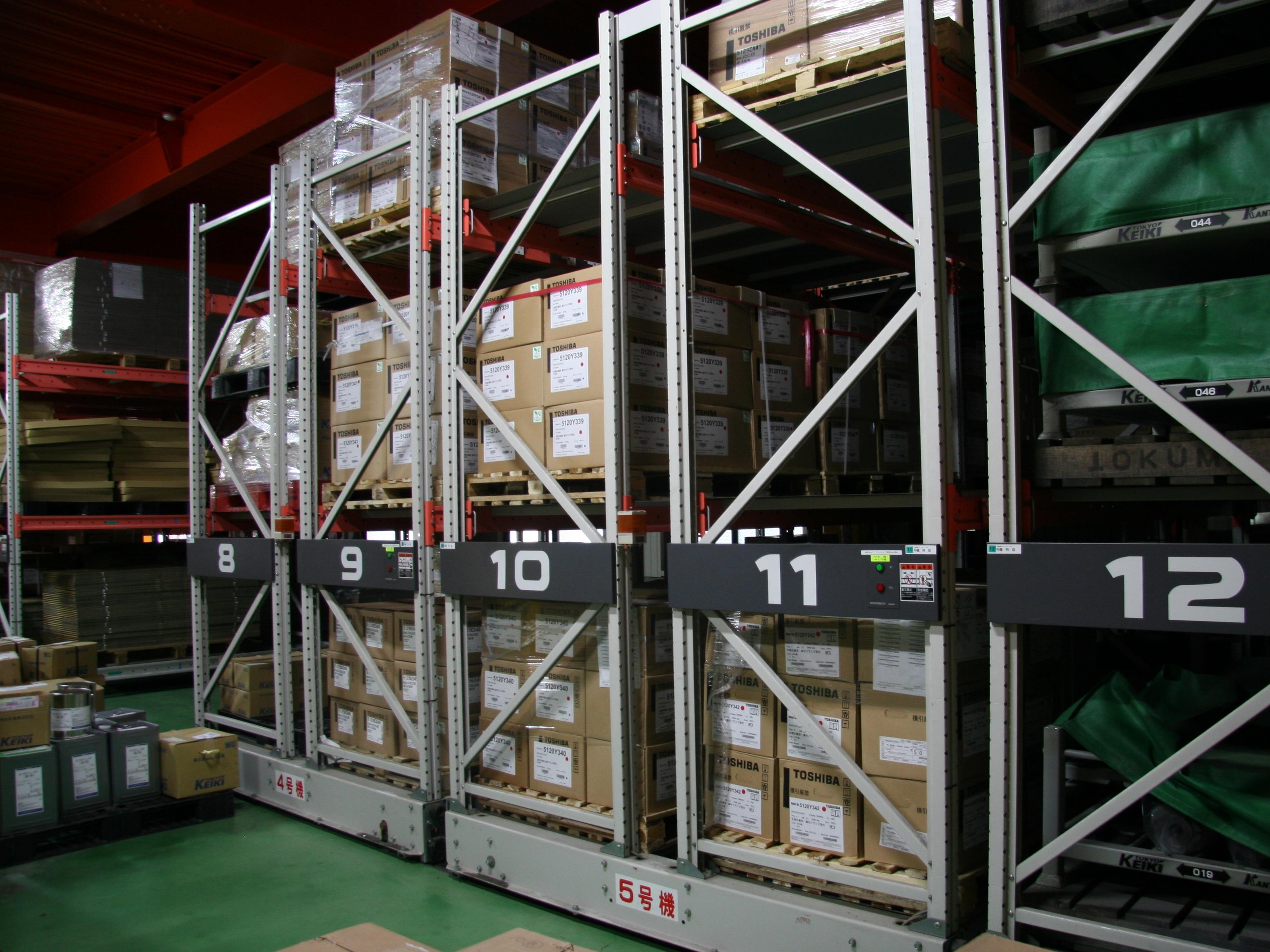 駆動器・各種機器も自社倉庫にて在庫保管